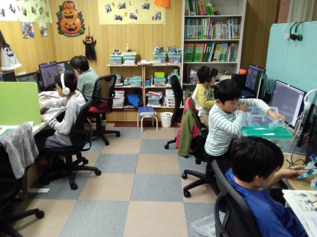 子供プログラミングレッスン